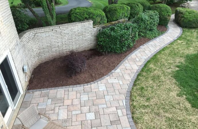 Stonescapes-El Paso TX Landscape Designs & Outdoor Living Areas-We offer Landscape Design, Outdoor Patios & Pergolas, Outdoor Living Spaces, Stonescapes, Residential & Commercial Landscaping, Irrigation Installation & Repairs, Drainage Systems, Landscape Lighting, Outdoor Living Spaces, Tree Service, Lawn Service, and more.