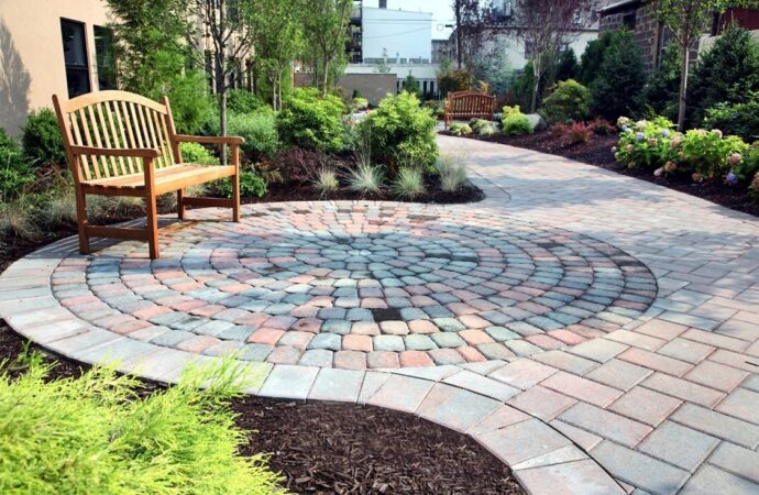 Vinton-El Paso TX Landscape Designs & Outdoor Living Areas-We offer Landscape Design, Outdoor Patios & Pergolas, Outdoor Living Spaces, Stonescapes, Residential & Commercial Landscaping, Irrigation Installation & Repairs, Drainage Systems, Landscape Lighting, Outdoor Living Spaces, Tree Service, Lawn Service, and more.
